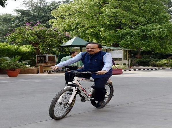 Harsh Vardhan takes charge, rides on cycle
