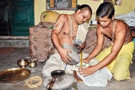 Phuluri oil to be applied to Holy Trinity