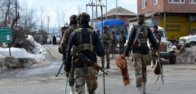 Cop held with militants to be dealt with as terrorist: J&K IG
