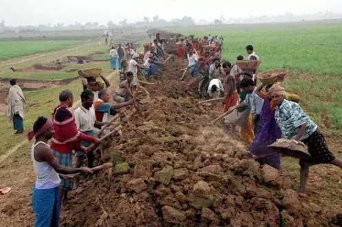 MGNREGA wage hiked by Rs 20 per day, farmers to get Rs 2,000 each in April