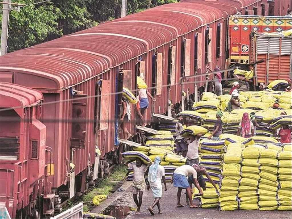 Railways register growth in private foodgrains freight amid ...