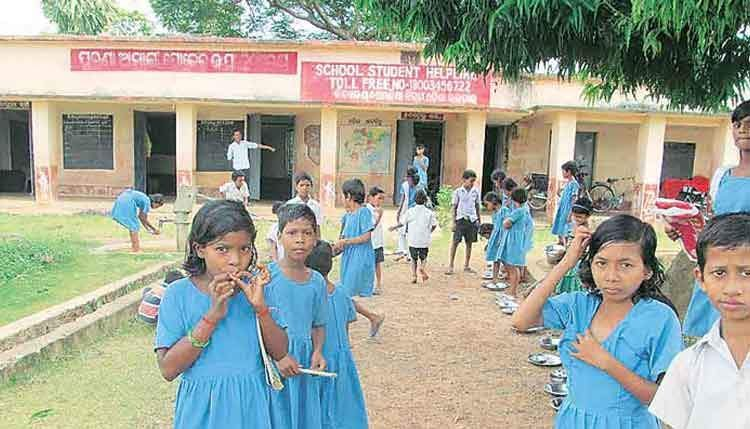 Uproar in Assembly over Odisha Govt's move to close schools