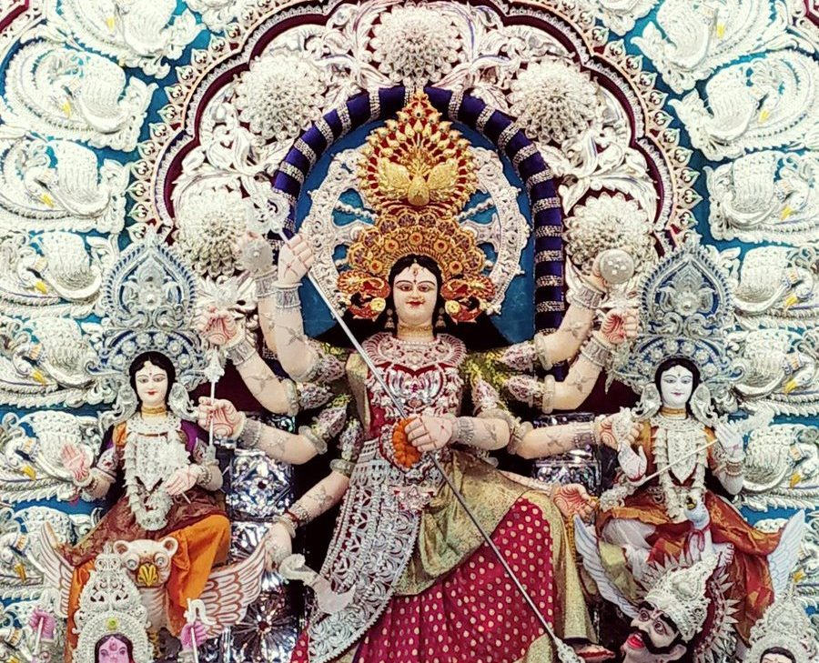 Odisha BJP workers demand withdrawal of restrictions on Durga idol height